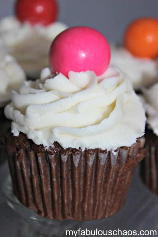 cupcakes gum ball